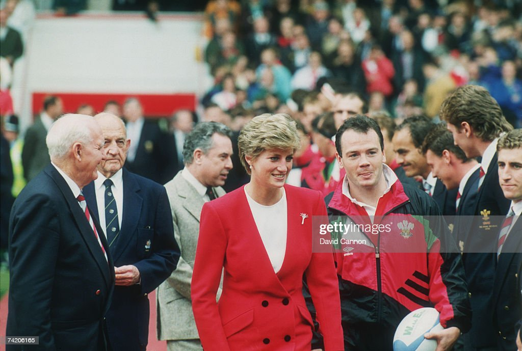 Diana, Princess of Wales with Welsh rugby player Ieuan Evans during the 1991 Rugby World Cup. Australia beat Wales 3-34.