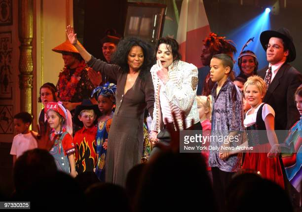 Diana Ross and Michael Jackson onstage at the DNC 'A Night At The Apollo' fund raiser