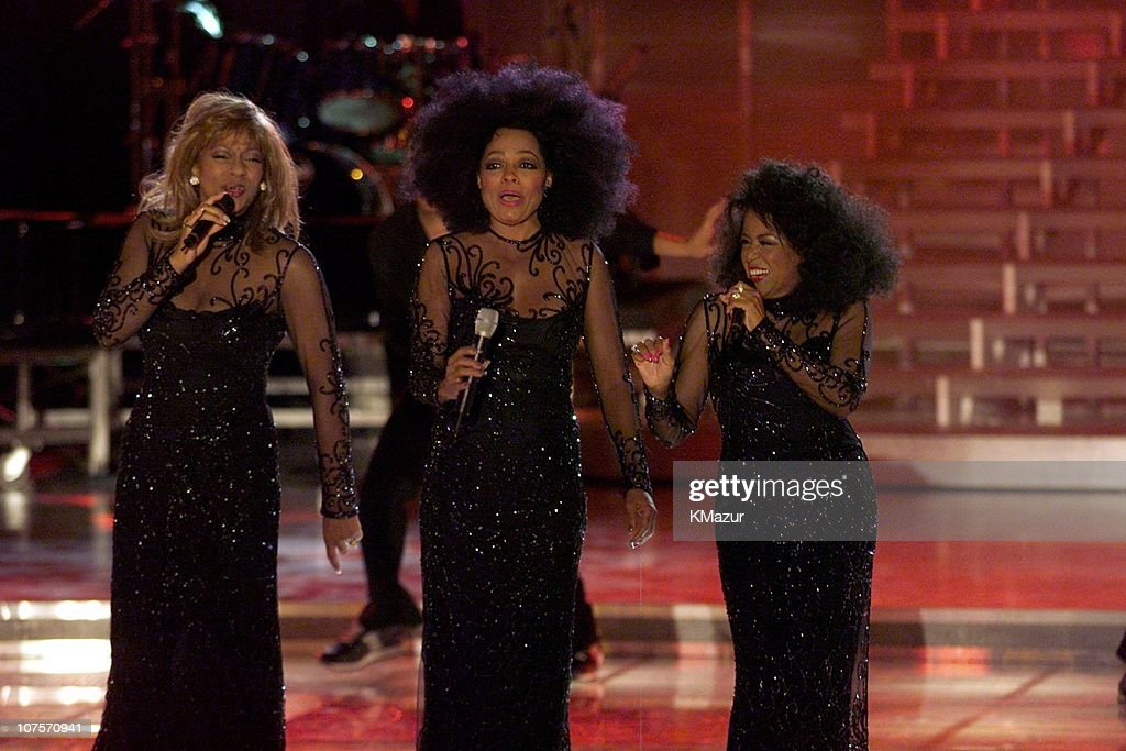 """Divas 2000"" Tribute to Diana Ross"