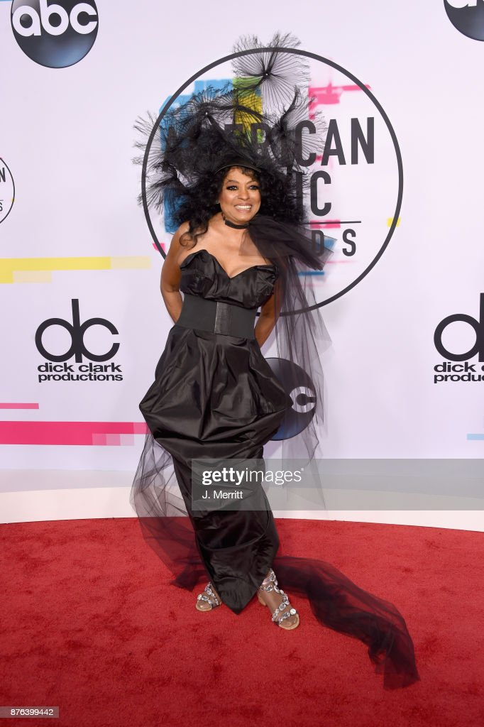 Diana Ross attends 2017 American Music Awards at Microsoft Theater on November 19, 2017 in Los Angeles, California.