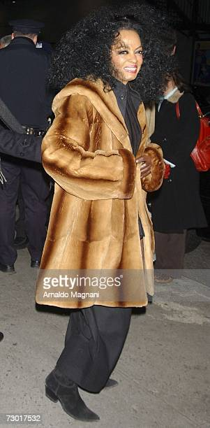Diana Ross attends a taping of the David Letterman show January 16 2007 in New York City