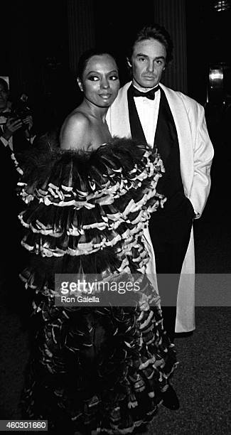 Diana Ross attends Metropolitan Museum of Art Costume Institute Gala The 18th Century Woman on December 7 1981 at the Metropolitan Museum of Art in...