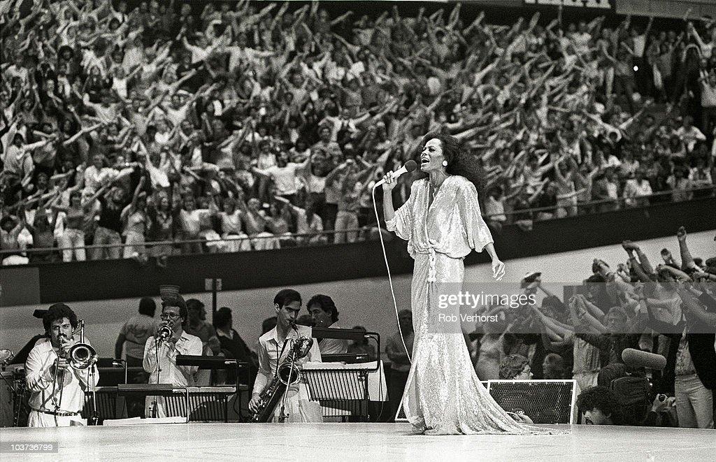Diana Ross... : Foto jornalística
