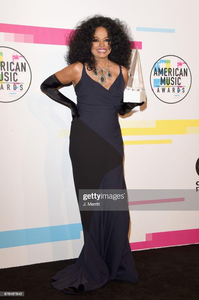 2017 American Music Awards - Press Room
