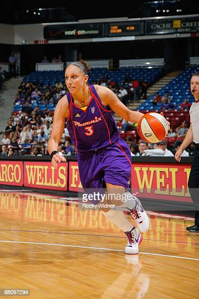 Diana Taurasi of the Phoenix Mercury drives the ball to the basket during the WNBA preseason game against the Sacramento Monarchs on May 27 2009 at...