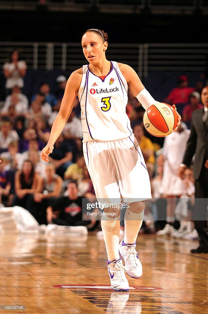 Diana Taurasi #3 of the Phoenix Mercury handles the ball against the Los Angeles Sparks during the WNBA game on June 4, 2010 at U.S. Airways Center in Phoenix, Arizona. The Mercury won 90-89.