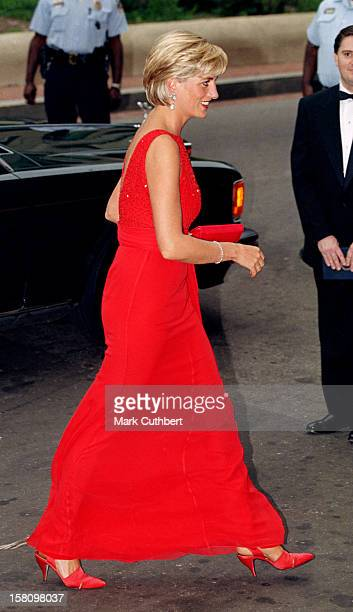 Diana The Princess Of Wales Visits Washington UsaGala Dinner Held By The American Red Cross To Raise Funds For Landmine Victims Around The World