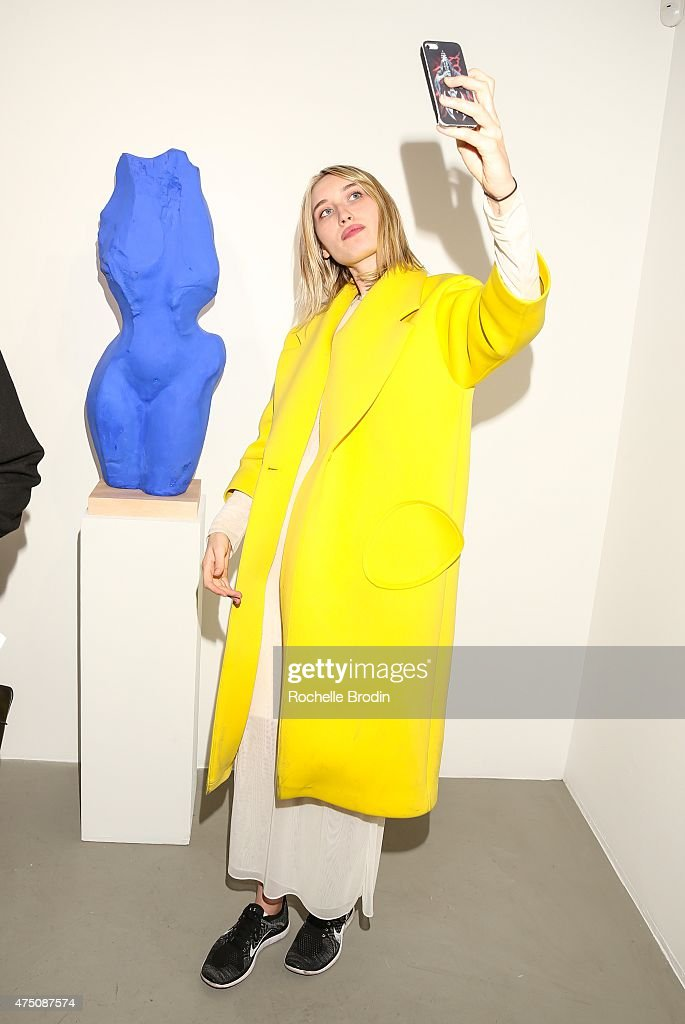 Dianah Rankin attends 'Blue Nudes' at De Re Gallery on May 28, 2015 in West Hollywood, California.