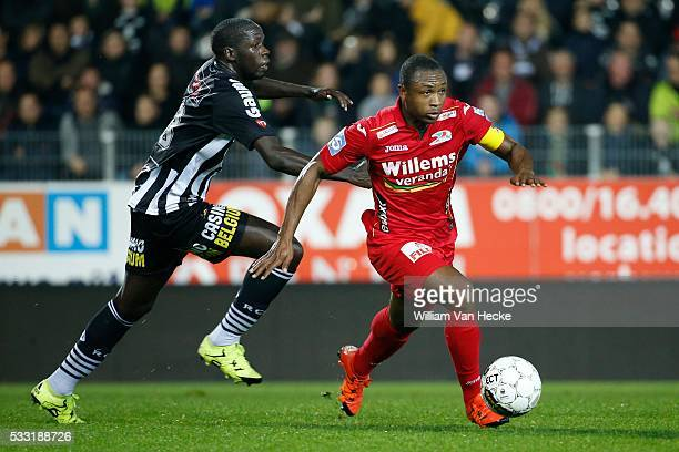 Diandy Cristophe midfielder of Charleroi and Siani Sebastien midfielder of Oostende pictured during the Jupiler Pro League match between Sporting...