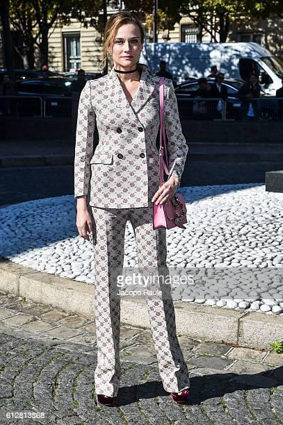 Diane Kruger is seen arriving at Miu Miu Fashion show during Paris Fashion Week Spring/Summer 2017 on October 5 2016 in Paris France