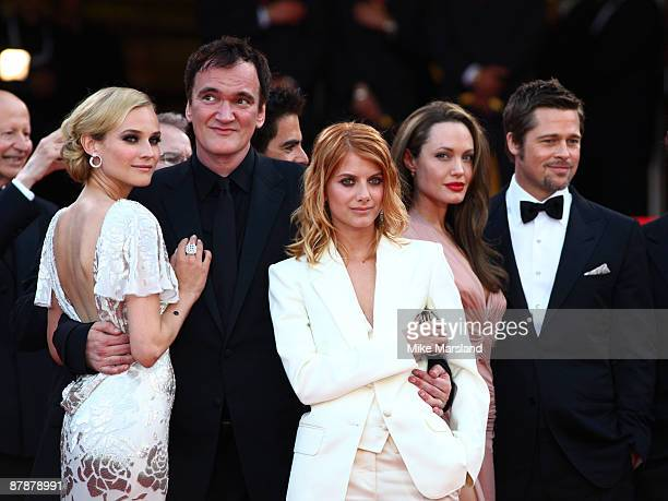 Diane Kruger Quentin Tarantino Melanie Laurent Angelina Jolie and Brad Pitt attend the 'Inglourious Basterds' Premiere at the Grand Theatre Lumiere...