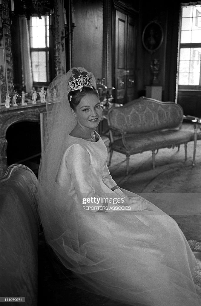 Wedding of Diane of France and Carl of Wurtemberg in Altshausen, Germany in July, 1960. : ニュース写真