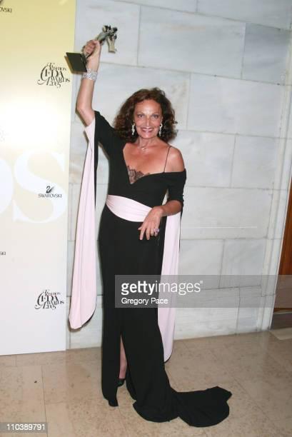 Diane von Furstenberg recipient Lifetime Achievement Award