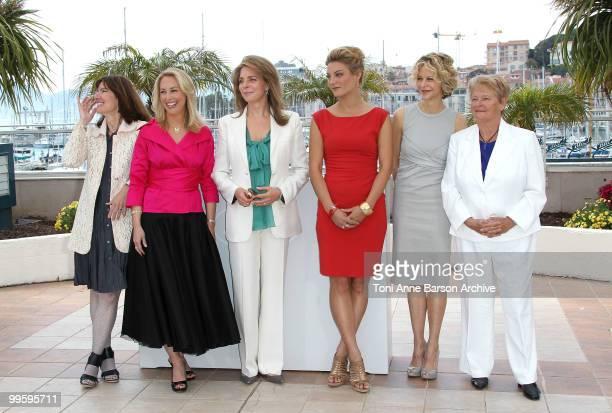 Diane Weyermann, Valerie Plame Wilson, Queen Noor of Jordan, director Lucy Walker, actress Meg Ryan and Dr. Gro Bruntland attend the 'Countdown to...