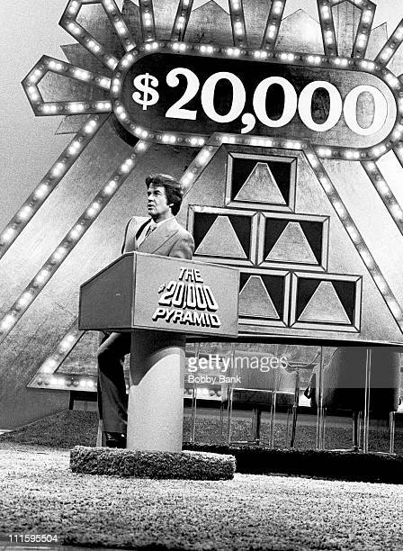 Dick Clark hosting game show $20000 Pyramid during Dick Clark Hosts 'The $20000 Pyramid' December 28 1976 at 'The $20000 Pyramid' Set in New York...