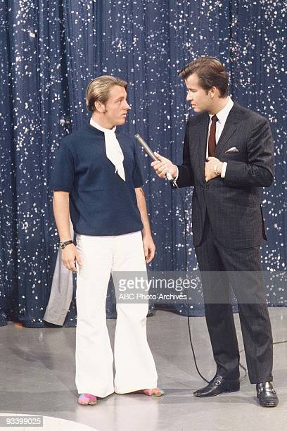 BANDSTAND 9/13/1969 Dick Clark talks with a guest on American Bandstand