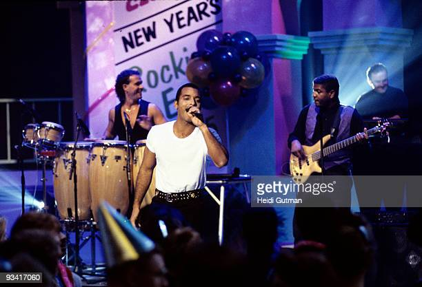 S NEW YEAR'S ROCKIN' EVE 1995 12/31/94 1/1/95 Dick Clark will lead America into the New Year Saturday Dec 31 on 'Dick Clark's New Year's Rockin' Eve...