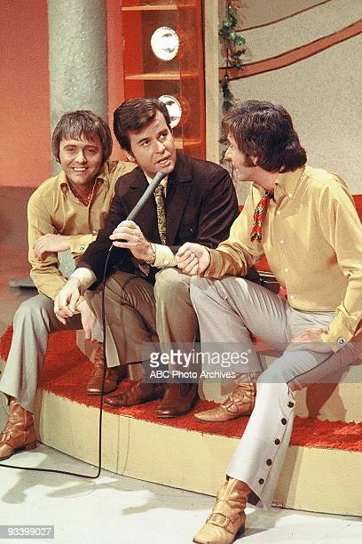 BANDSTAND 9/13/1969 Dick Clark with guest performers Tommy Boyce and Bobby Hart on American Bandstand