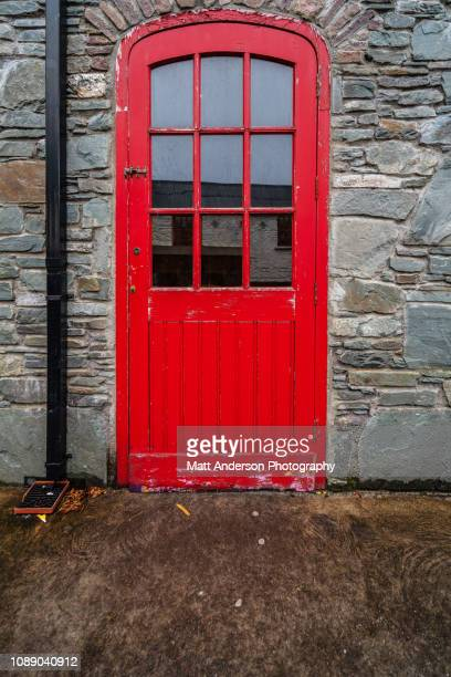dick mack's brewery door - mack stock pictures, royalty-free photos & images