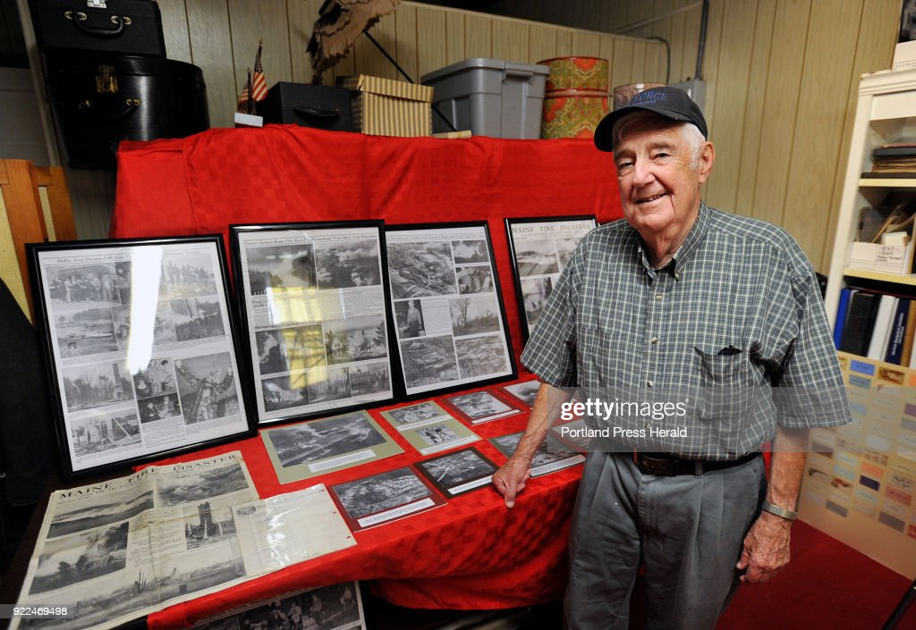 Dick Neal who helped fight the 1947 Maine fires as a teenager... : News Photo