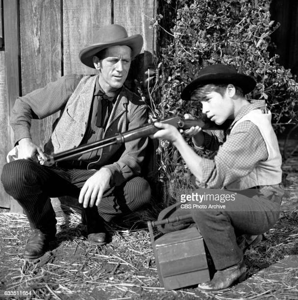 Dick Powells Zane Grey Theater production of the episode Rebel Ranger featuring from left John Anderson and Don Grady Image dated October 16 1959...