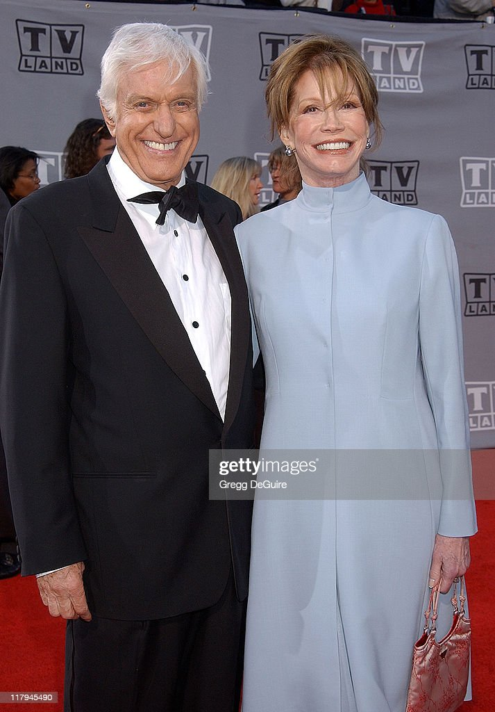 Dick Van Dyke and Mary Tyler Moore during TV Land Awards: A Celebration of Classic TV - Arrivals at Hollywood Palladium in Hollywood, California, United States.