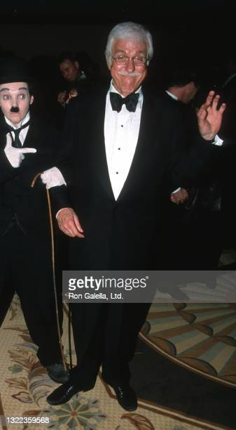 Dick Van Dyke attends 45th Annual Thalians Ball Benefit at the Century Plaza Hotel in Century City, California on October 7, 2000.