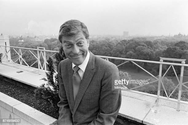 Dick Van Dyke on the roof of The Dorchester Hotel, 30th May 1967.