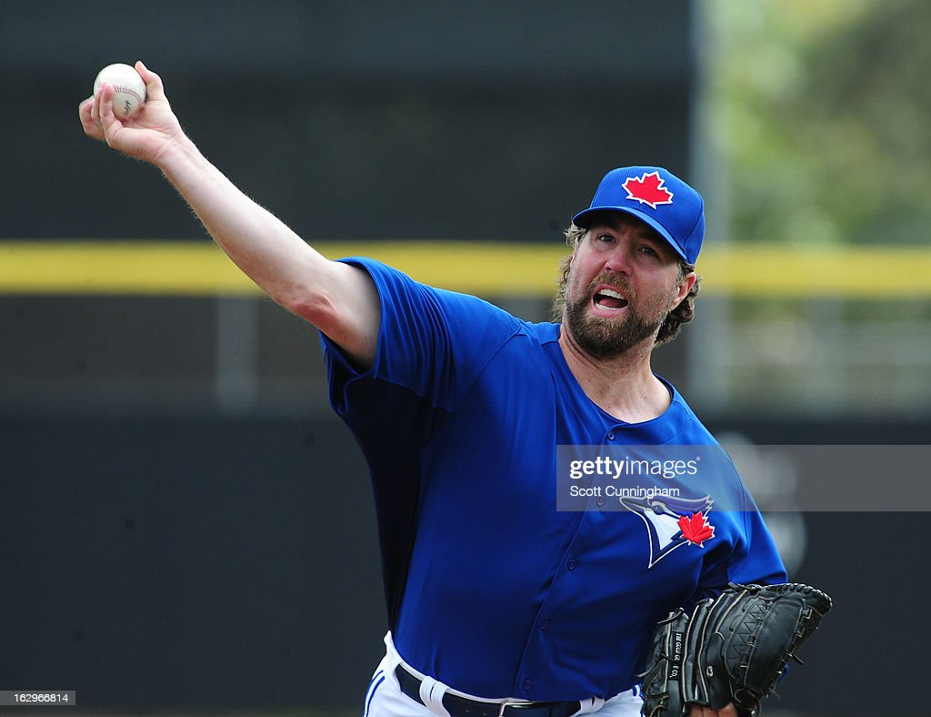 R. A. Dickey #43 of the Toronto Blue Jays pitches during a spring training game against the Philadelphia Phillies at Florida Auto Exchange Stadium on March 2, 2013 in Dunedin, Florida.