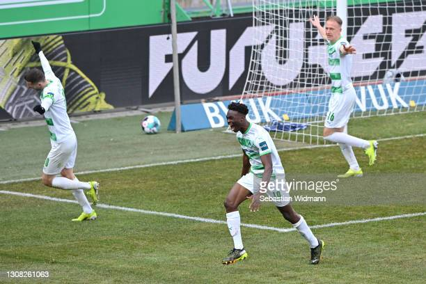 Dickson Abiama of SpVgg Greuther Furth celebrates after scoring their side's second goal during the Second Bundesliga match between SpVgg Greuther...