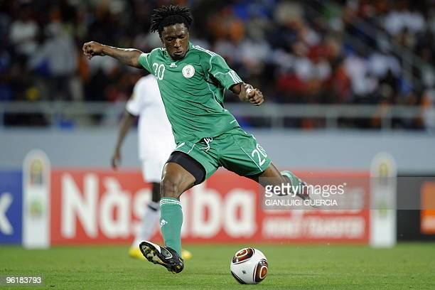 Dickson Etuhu of Nigeria plays a shot during their quarter final match against Zambia at the African Cup of Nations CAN2010 at the Tundavala stadium...