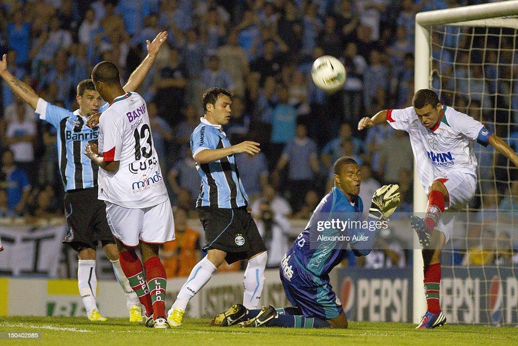 Gremio v Portuguesa - Brazilian Serie A
