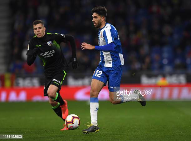 Didac Vila of Espanyol runs with the ball during the La Liga match between RCD Espanyol and SD Huesca at RCDE Stadium on February 22 2019 in...