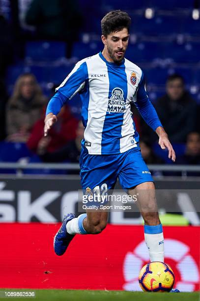 Didac Vila of RCD Espanyol controls the ball during the La Liga match between RCD Espanyol and CD Leganes at RCDE Stadium on January 04 2019 in...