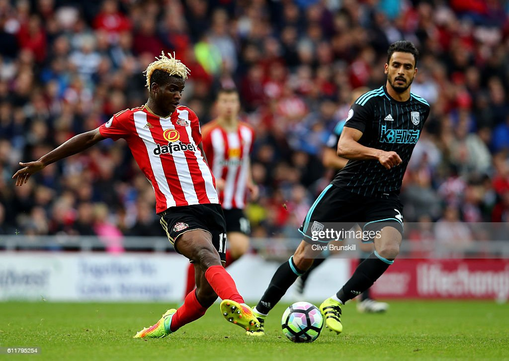 Dider Ndong of Sunderland in action during the Premier League match between Sunderland and West Bromwich Albion at Stadium of Light on October 1, 2016 in Sunderland, England.