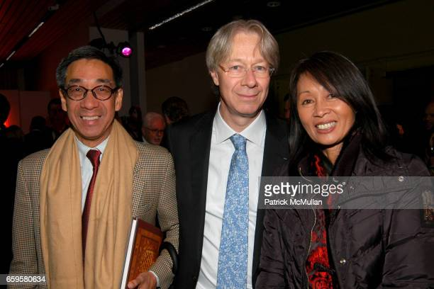 Didi Pei Julian Zugazagoitia and Beatrice Pei attend EL MUSEO DEL BARRIO Inaugural Preview and Reception at El Museo Del Barrio on October 15 2009 in...
