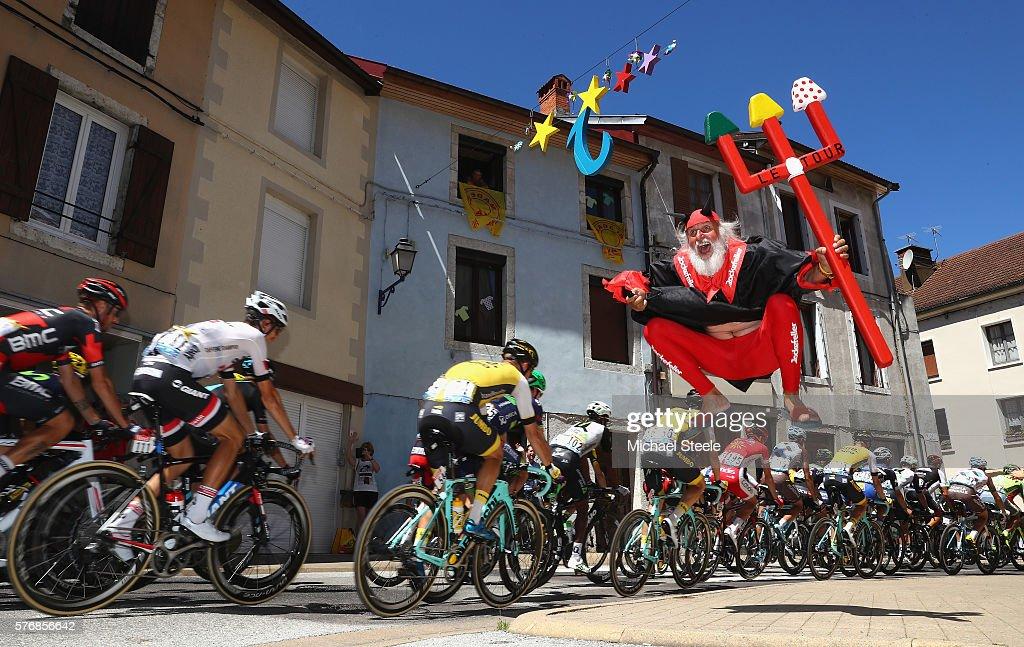 Le Tour de France 2016 - Stage Sixteen : News Photo
