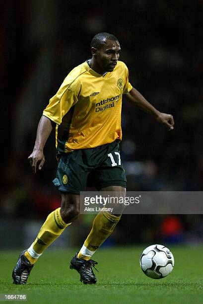 Didier Agathe of Celtic runs with the ball during the UEFA Cup second round second leg match between Blackburn Rovers and Celtic held on November 14...