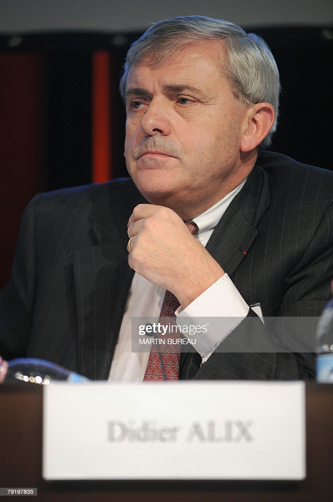 Didier Alix, Chief Executive Officer of Retail Banking at Societe Generale gives a press conference, 24 January 2008 in La Defense outside Paris. Trading in shares of Societe Generale was supended, 24 January 2008, after the French banking giant announced a sole trader was responsible for racking up 4.9 billion euros (7.15 billion dollars) in losses. Euronext, the operator of the Paris Bourse, told AFP it was not sure when trading would be allowed to resume in shares of Societe Generale, which closed just over four percent lower on Wednesday at 79.08 euros a share
