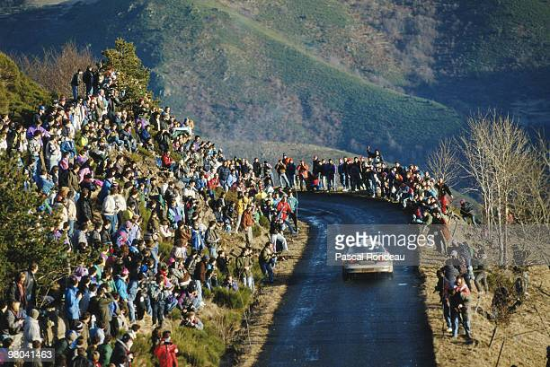 Didier Auriol drives the Castrol Toyota Corolla on 23 January 1993 during the FIA World Rally Championship 61ème Rallye Automobile de MonteCarlo in...