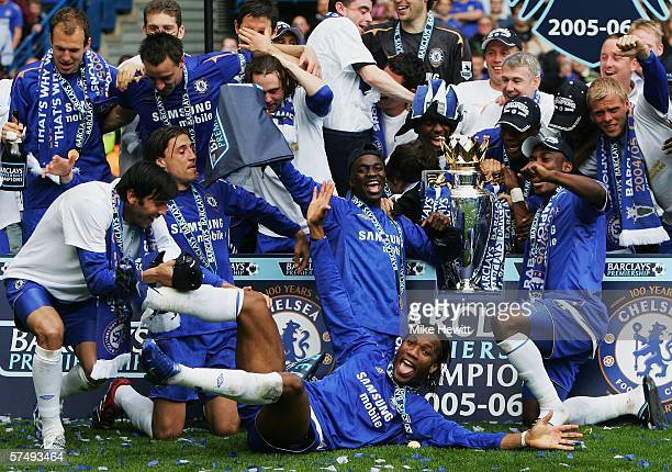 Didier Drogba and the Chelsea team celebrate winning the Barclays Premiership title after the match between Chelsea and Manchester United at Stamford...