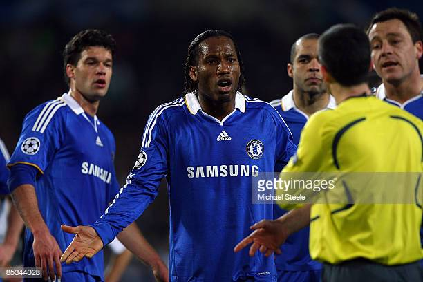 Didier Drogba of Chelsea appeals to referee Alberto Undiano Mallenco of Spain during the UEFA Champions League, First knock-out round, second leg...