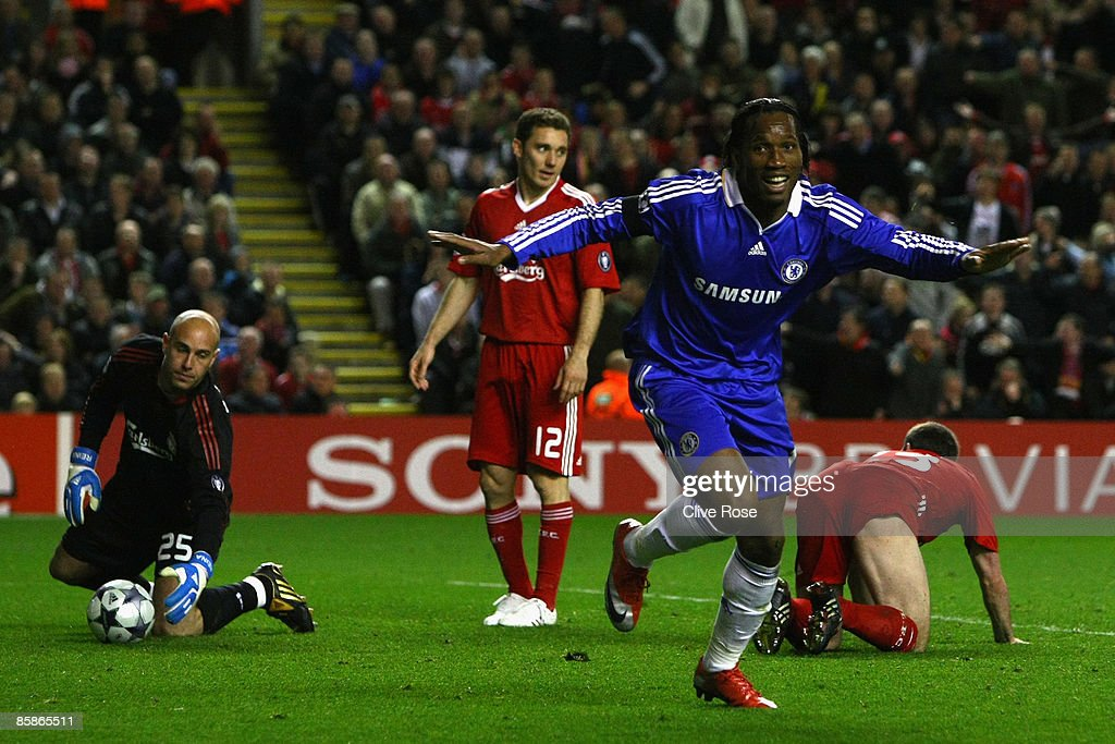 Liverpool v Chelsea - UEFA Champions League : News Photo