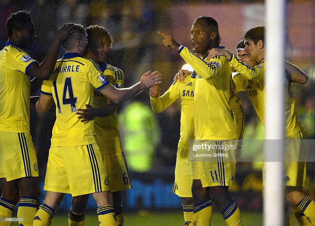 Shrewsbury Town v Chelsea - Capital One Cup Fourth Round : Foto jornalística