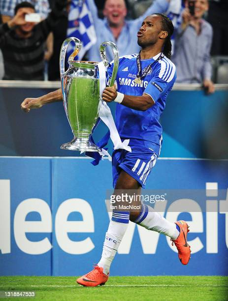 Didier Drogba of Chelsea celebrates with the trophy during UEFA Champions League Final between FC Bayern Muenchen and Chelsea at the Fussball Arena...
