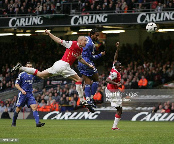 Didier Drogba of Chelsea heads home his second goal during the Carling Cup Final match between Chelsea and Arsenal at the Millennium Stadium on...