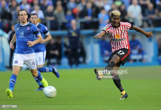Didier N'Dong of Sunderland has shot during the Carabao Cup 2nd round match between Carlisle United and Sunderland at Brunton Park on August 22 2017...