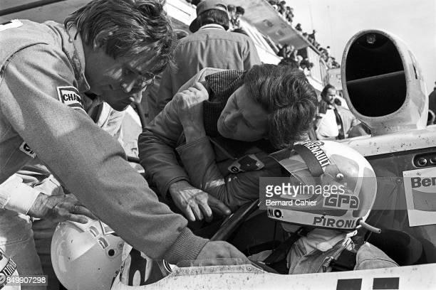 Didier Pironi, Rene Arnoux, Renault Alpine A442, 24 Hours of Le Mans, Le Mans, France, 1977.