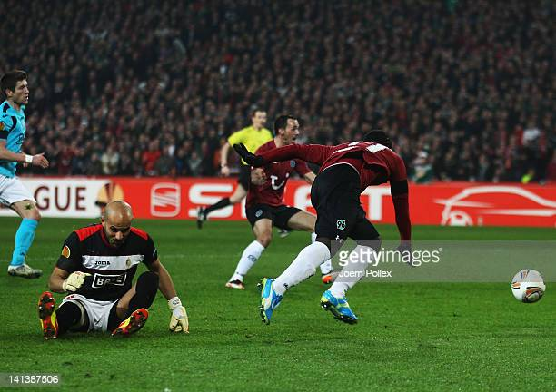 Didier Ya Konan of Hannover scores his team's third goal during the UEFA Europa League second leg round of 16 match between Hannover 96 and Standard...