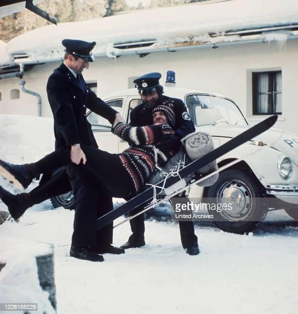 Didi's erster Winterurlaub Didi Meisenkaiser ist auf dem Weg in den Winterurlaub. Er wird von einer reizenden jungen Frau in ihrem Auto mitgenommen....